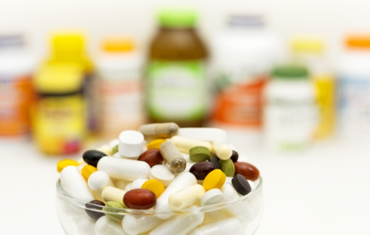 サプリメント中毒者がおすすめする効果的サプリやその効能など
